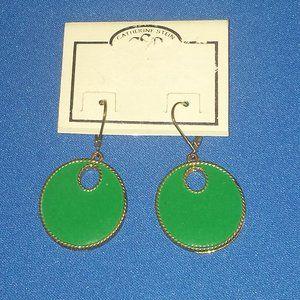 Spearmint Green & Gold Round Earrings